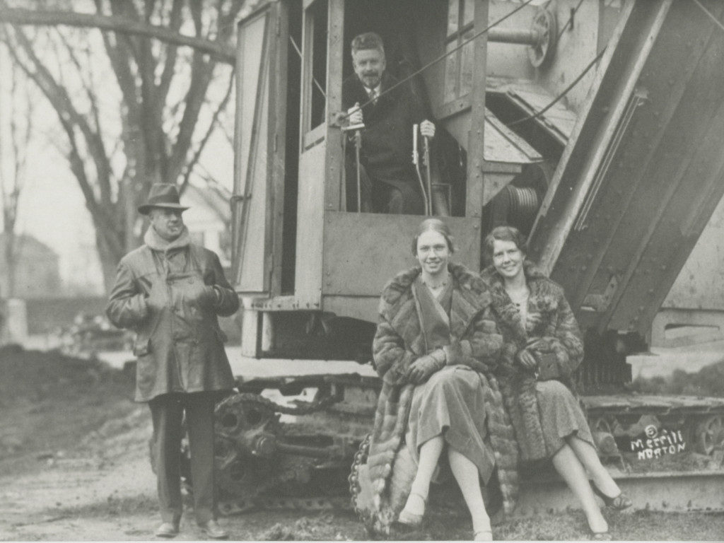 John Edgar Park and others pose with steam shovel