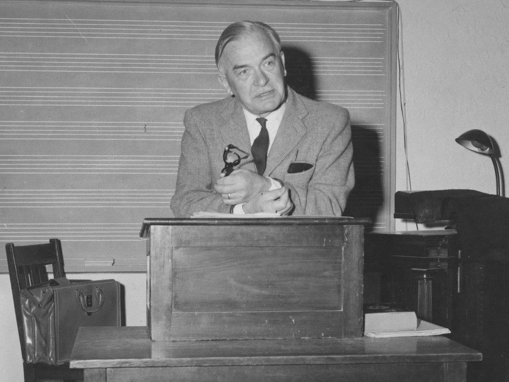 Ernest John Knapton
